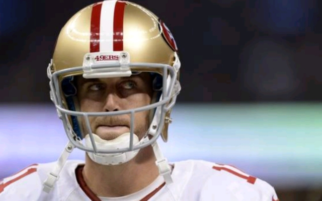 Alex Smith quarterback of the San Francisco 49ers told coaches and mediical personnel he had blurred vision which was determined to be a concussion.