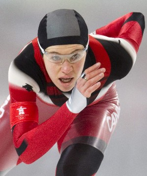 Clara Huges speed skaingF8562F4AC4969E747D5EC2124567B9