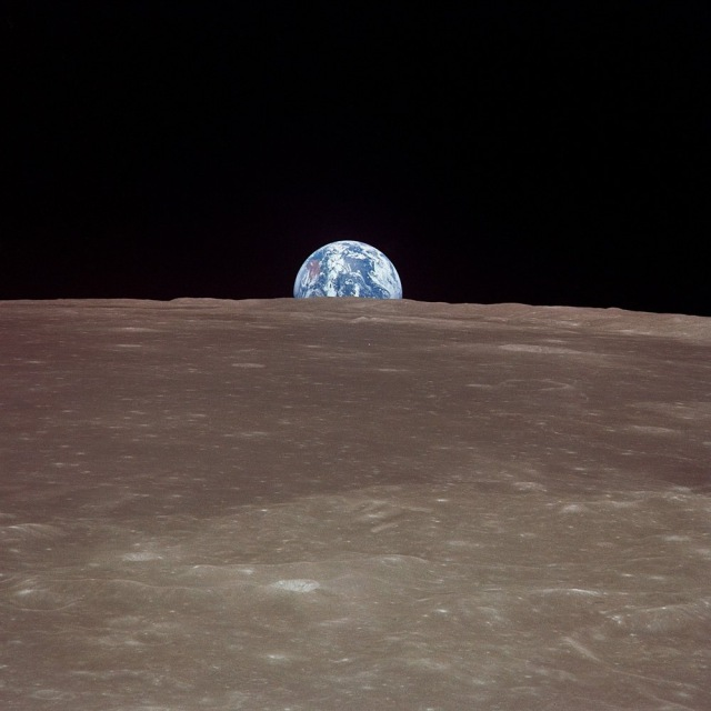 moon.and.earth