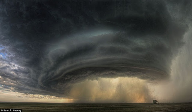 Supercell by Sean Heavey