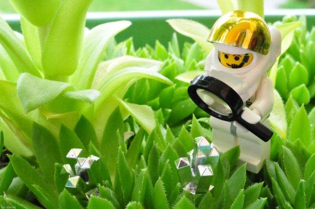 LEGO_cosmonaut_by_cihutka123